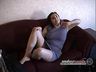 Big natural titty amateur geek with muted pussy filming BF