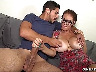 Cumblast Be useful to The Super Milf