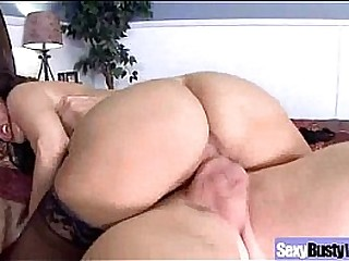 Mature Lady With Bigtits Perform Amazing Sex vid-13